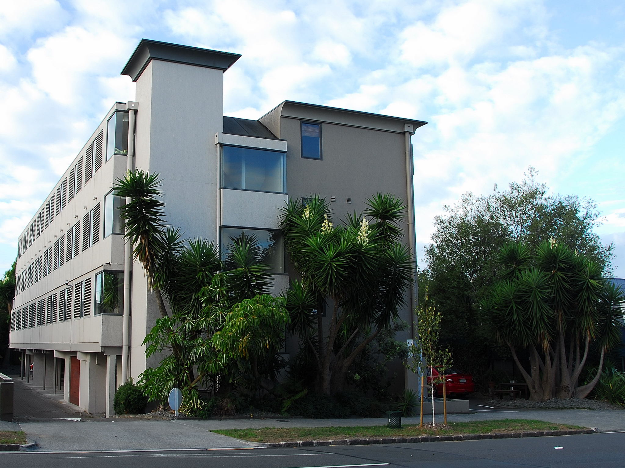 Off broadway motel newmarket auckland accommodation - University of auckland swimming pool ...